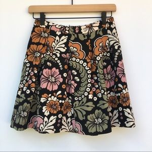 H & M Floral Pleated Skirt With Pockets Size 4